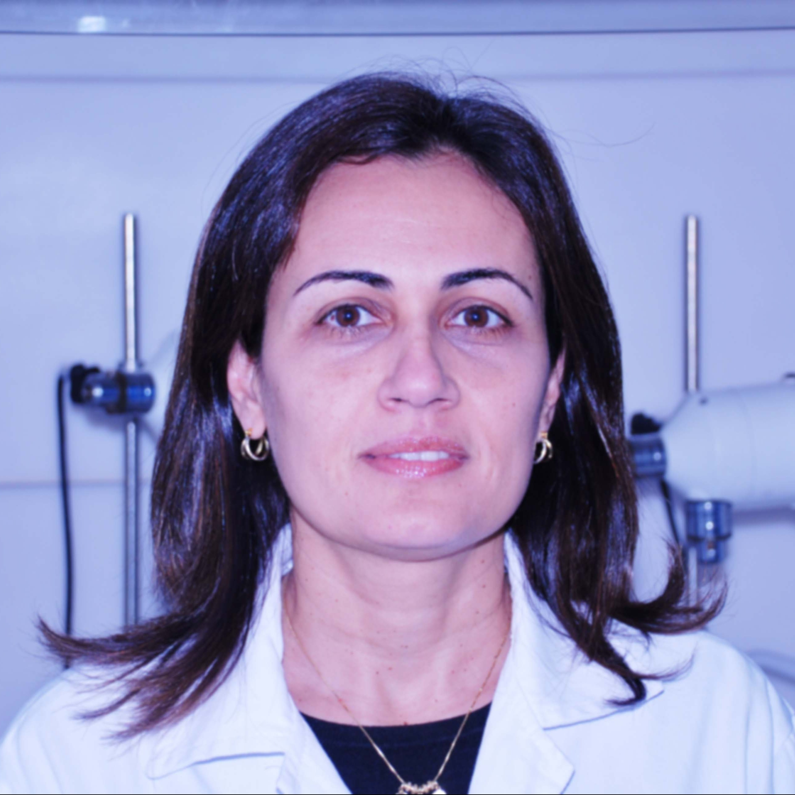 Prof. Dra. Luciana Veras
